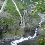 Вид на дорогу Тролльстиген сверху