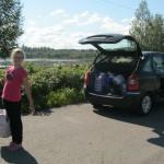 Первая остановка на обед на территории Финляндии. Оборудованный бивуак рядом с трассой 71