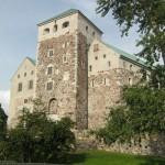 За время, оставшееся до отправления парома, мы решили осмотреть замок в Турку