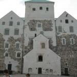 Замок Турунлинна - второй из трех сохранившихся средневековых замков Финляндии.